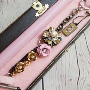 NWT Juicy Couture Metal Roses Flower Bracelet